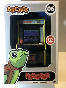 Basic Fun Arcade Classics Frogger #06 Mini Arcade Machine New