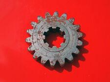 HUSQVARNA (NOS) 6-Sp Clutch Shaft 2nd Gear 16 12 352-01 83 84 250 CR