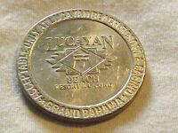 VINTAGE GAMBLING  LUCAYAN BEACH RESORT CASINO GRAND BAHAMA $1 GAMING TOKEN CHIP