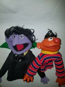 Vintage 1976 THE COUNT and ERNIE Sesame Street Muppet Hand Puppets CTW RARE