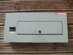 Federal Electric Stab-lok D12, 12 way distribution board + 100A isolator Pacific