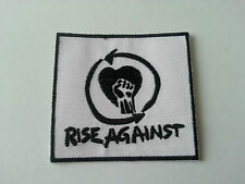 HEAVY METAL PUNK ROCK MUSIC SEW / IRON ON PATCH:- RISE AGAINST (a) WHITE BLOCK