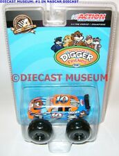 DIGGER AND FRIENDS #10 FORD FUSION MONSTER CAR NASCAR 2010 1:64 ACTION RARE!
