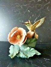"""Splendide colibri en  porcelaine mate signé de chez """"TAY"""" ."""