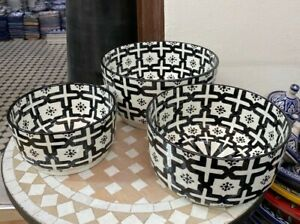 Handmade and hand painted black and white ceramic salad bowl from Fes / salad bo