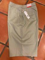 NWT Croft & Barrow Bermuda Shorts Stretch Women's 10 Green Solid Cotton Spandex