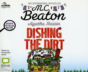 AGATHA RAISIN: Dishing the dirt 5 CDs - read by Penelope Keith