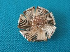 TIFFANY & CO ANTIQUE 14K YELLOW GOLD 40 MM ROUND FLOWER BROOCH DOUBLE PINS