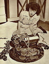 Craig Rice At Home With Her Snakes Herpetologist 1949 Photo Article 8862