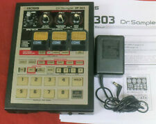 BOSS SP-303 Dr. Sample SP303 loop phrase sampler w/ THREE MEMORY CARDS!