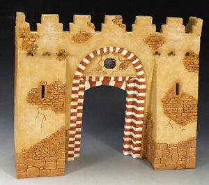 King Country SPO31 Desert Village Gateway - painted resin in photo box - RETIRED