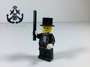 MINT Genuine LEGO Magician Minifig with Wand Series 1 8683