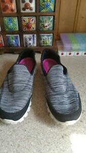 Sketchers  Trainers memory foam heal air cooled multi coloured   Size  7 UK