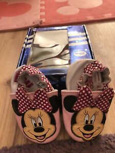 Baby Girls Adidas Minnie Mouse Crib Shoes Size 2