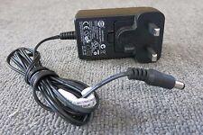 Western Digital S018EM1200150 enchufe de Reino Unido AC cargador adaptador de corriente 18 W 12 V 1500 mA