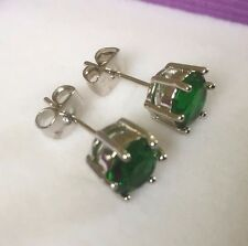 6-pin green emeralds silver (WHITE GOLD gf) 7mm round stud earrings BOXD Plum UK