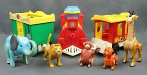 Vintage Fisher Price Little People Pull Toy Circus Train Engine Cars Animals 991