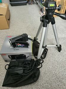 JVC GZ-HM30 HD Everio Camcorder W/ Charger, Pouch & Mount Stand AVCHD SDXC