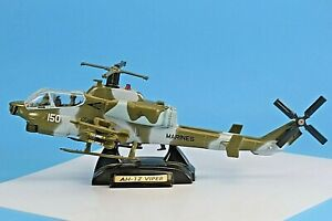 AH-1Z Viper Combat Attack Helicopter Diecast Model. 1/48 Scale. #76315.