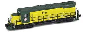 AZL Z Scale Locomotive C&NW GP38-2 Road Number 4703