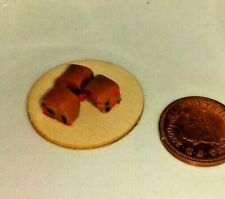 1:12 Scale 7 Loose Chocolate Bear Cakes Tumdee Dolls House Miniatures Buns PL133