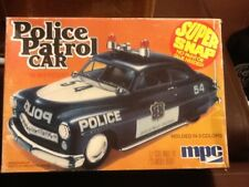 Vintage 1/25 scale 1950 Mercury police car model kit Mpc 1979 release