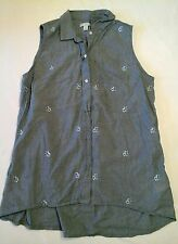 Urban Outfitters Gap sleeveless button down EUC flowers chambray  Size XS