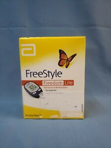 Freestyle Freedom Lite Glucose Moniter w/ Lancets and Travel Case