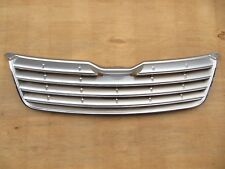 FOR TOYOTA COROLLA AXIO FIELDER GRILLE PAINTED SILVER 2005-06 53111-12A30 Japan