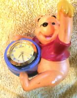 WINNIE THE POOH FIGURINE WITH HUNNY POT WITH ROUND CLOCK