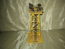 Lionel 395 Yellow Floodlight Tower Works!