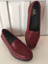 SAS Tripad women's size 7 1/2 Narrow red slip on loafers, excellent condition