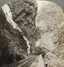 Keystone Stereoview a Train in Royal Gorge, COLORADO From Rare USA 100 Card Set