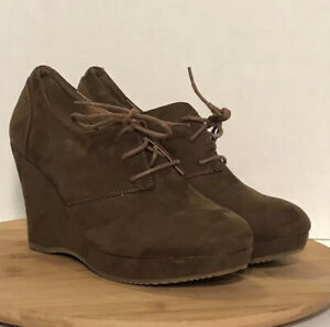 Xappeal Shoe Booties Ankle Wedge Brown Style Merrit Women's Size 8 Lace Up