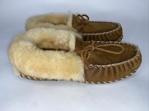 LL BEAN Women's Shearling Lined Wicked Good Moccasins Slippers Size 9 M (F)