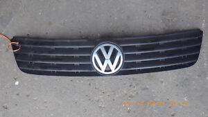 Kühlergrill, Kühlergitter, Volkswagen Passat 3B Teile Nr. 3B0 853 653 C