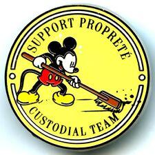 Disneyland Paris - Support Proprete - Custodial Team Pin (Yellow)