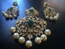 18k on4k gold jade Emerald Bridal pearl Nizam pendant earrings India Moghul