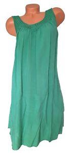 ITALY Mode Damen Kleid Spitze Makramee grün uni GR. L 42 44 46 48 NEU