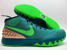 "NIKE KYRIE 1 ""AUSTRALIA"" GREEN/EMERALD-METALLIC RED SIZE MEN'S 13 [705277-333]"