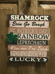 St Patricks Day Wooden Burlap Wall Decor Sign New