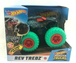 Brand New 2020 Hot Wheels Monster Trucks Rev Tredz Widow's Lair