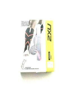 2XU Women Hyoptik Reflective Lightweight Compression Socks Black/Pink Size M