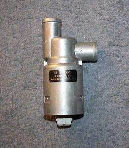 Volvo 240 740 760 780 940 960 850 V70 Leerlaufsteller Idle control valve NOS