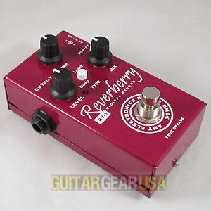 AMT Electronics RY-1 FX Guitar Pedal REVERBERRY Digital Reverb