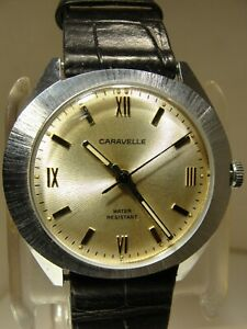 VINTAGE MEN CARAVELLE 17 JEWELL MANUAL WIND, MADE BY THE BULOVA WATCH COMP.