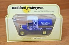 MATCHBOX YESTERYEAR, Y3, FORD TANKER, EXPRESS DAIRY, 12 SPOKE GOLD WHEELS