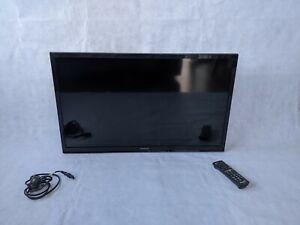 Panasonic TX-L32B6B. 32 Inch. Black. Great Condition