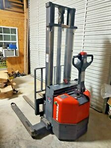 2005 Raymond Electric Walk-Behind Lift Truck 2 Stage 2500 lb Capacity 24 volt