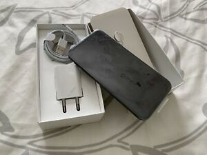 Apple iPhone 11 - 64GB - Black